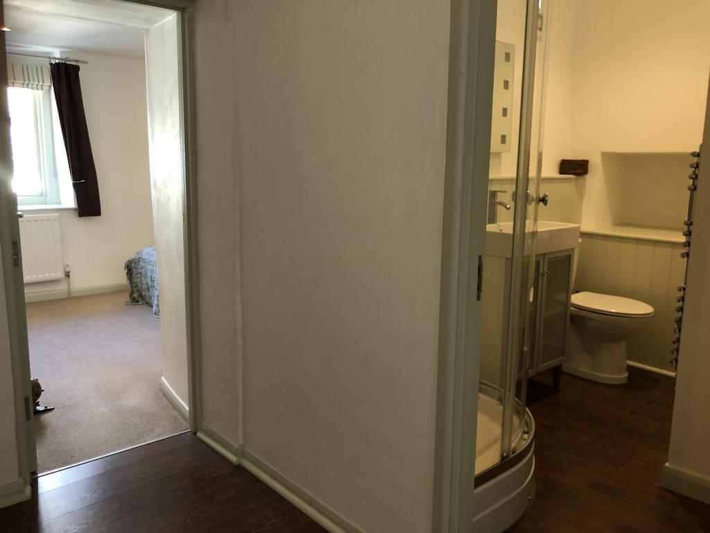 Monmouth Bathroom